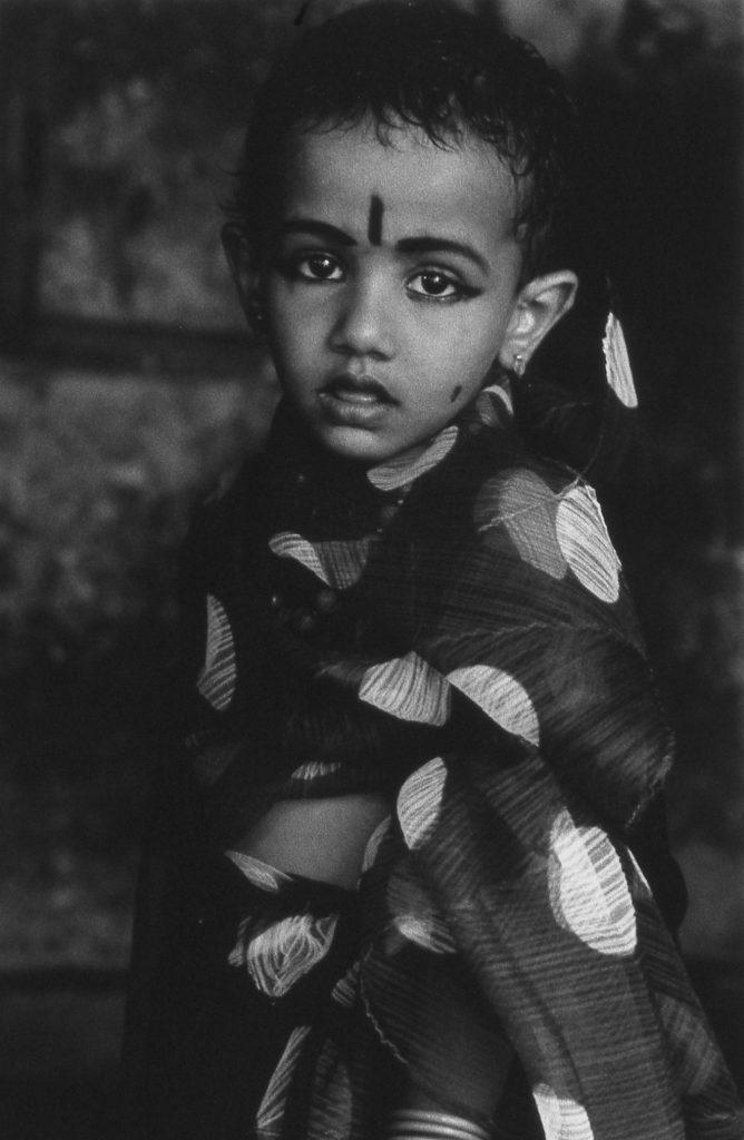 Pleats Please travel through India (© by Yuriko Takagi)