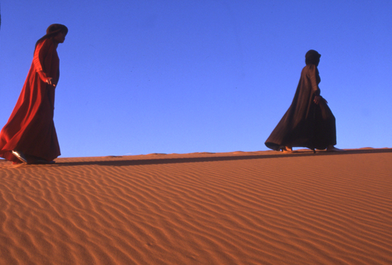 Pleats Please travel through Morocco (© by Yuriko Takagi)
