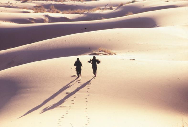 Pleats Please travel through Morocco (© by Yuriko Takagi)